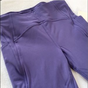 cb80cffe0eced lululemon athletica Intimates   Sleepwear - BN SZ. 4 LULU🍋 LEAD THE PACK  CROP
